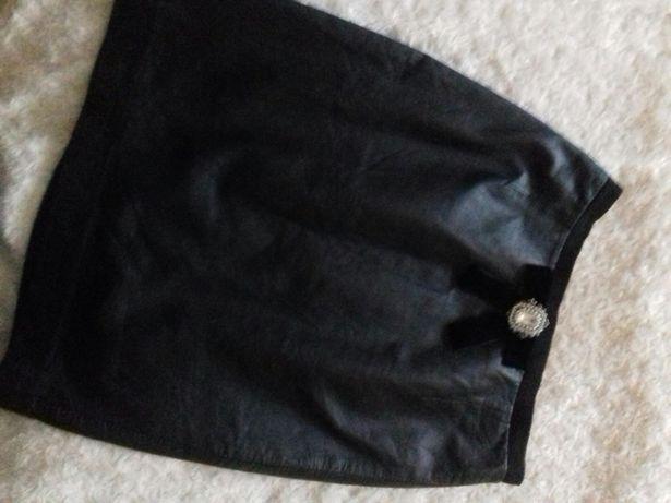 Spódniczka Zara czarna skórka 38 (M)