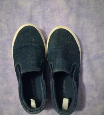 Sapatos tecido ganga tamanho 31