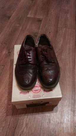 Продаются фирменные мужские туфли р-р 41