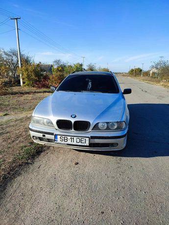 Продам машыну BMW