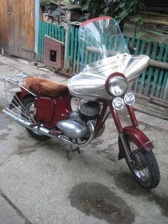 Мотоцикл Ява 360