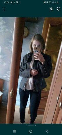 Куртка,ветровка женская