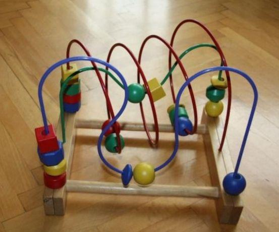 zabawki drewniane IKEA mula przeplatanka wieża