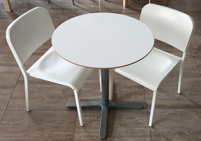 Stolik plus krzesełka 4 komplety