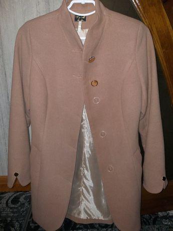 Продам пальто кашемірове.
