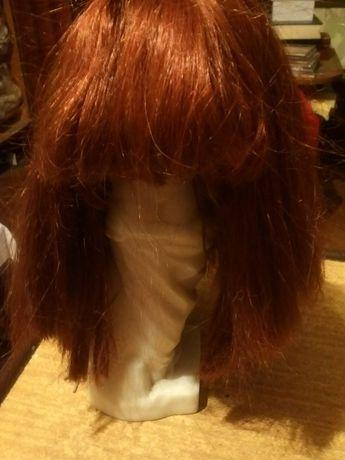 Cтильный парик для женщины
