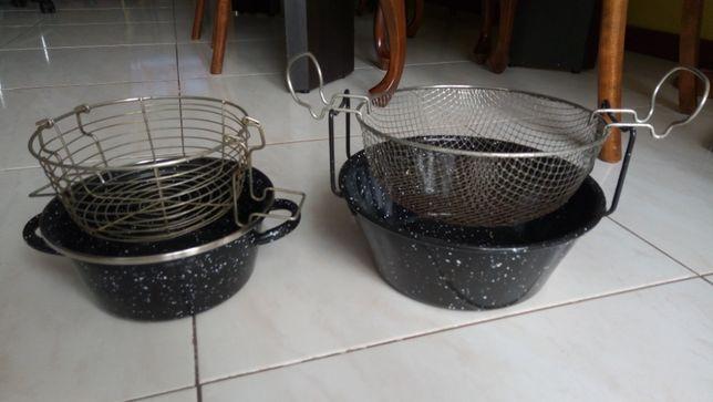Fritadeira esmaltada com rede