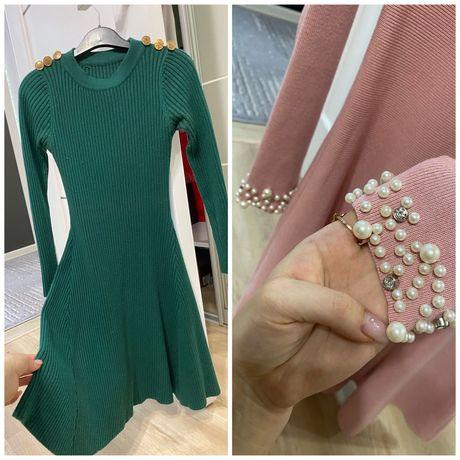 Продам платья розовое и зелёное