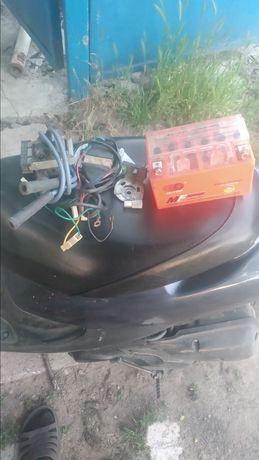 Иж юпитер, электронное зажигания, аккумулятор, колени, цилиндры