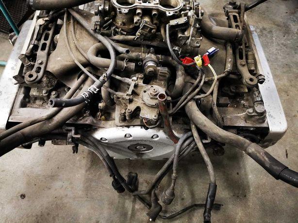 gl 1800 goldwing silnik głowice  części