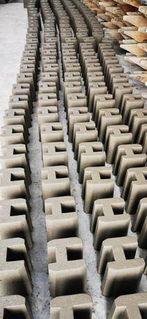 Łącznik łączniki betonowe. Ogrodzenia betonowe. Producent