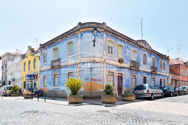 Oportunidade - Prédio no Centro histórico de Vila Franca de Xira