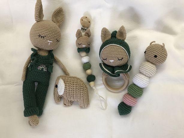 coelhinha amigurumi / crochet