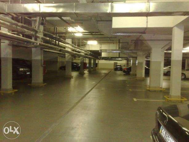 Подземный паркинг на Подоле. Спасская 5. м. Контрактовая площадь