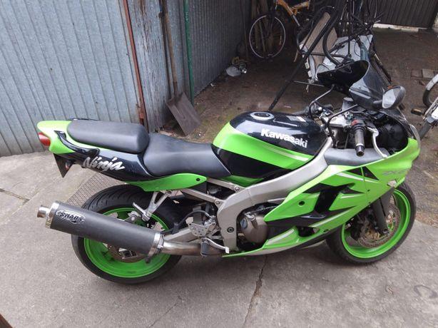 Kawasaki zx6r ninja 600
