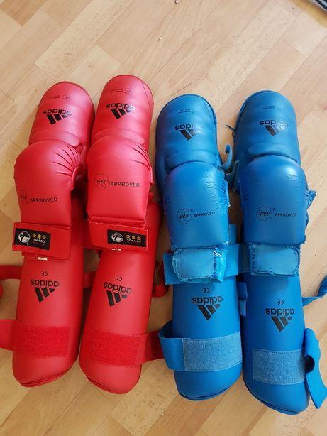 Футы, защита голени Adidas WKF. Перчатки в подарок