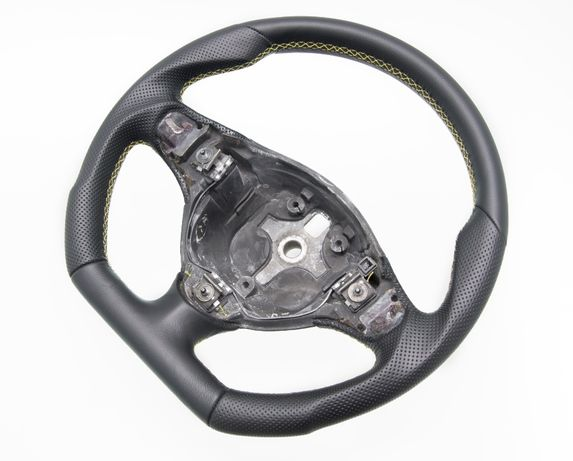 Kierownica sportowa Alfa Romeo GT Nowa Skóa - PFI Car Styling
