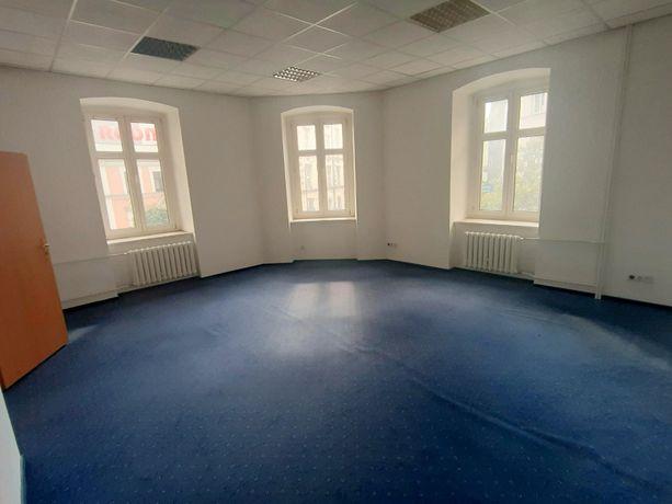 168 m2 / Biuro, Kancelaria, Gabinety - PÓŁ PIĘTRA - ul:OPOLSKA ! WINDA
