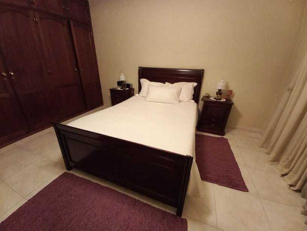 Mobilia de quarto de casal