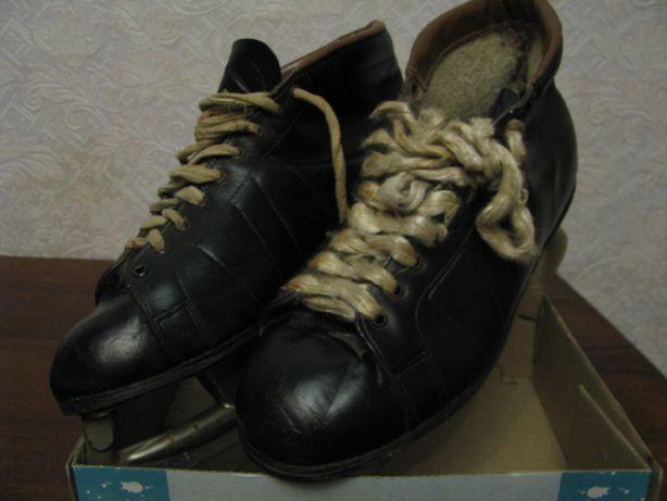 Коньки черные мужские СССР размер 41 Винтаж