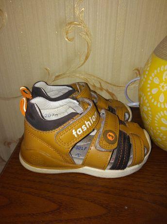 Обувь на малыша, 21 размер