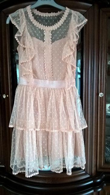sukienka z falbankami spłowiały róż 38
