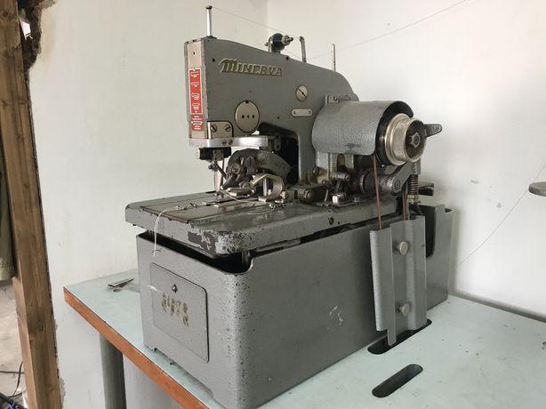Глазковая Петельная швейная машина minerva