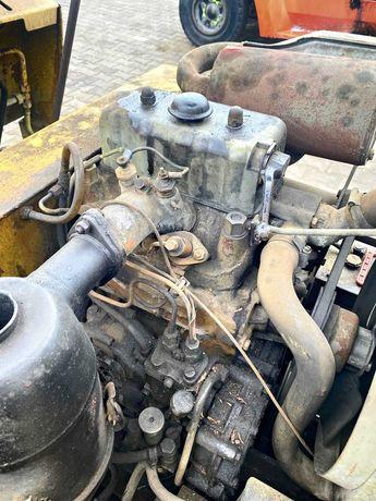 silnik do ciągnika C-330 silnik C330 stan idealny