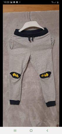 Spodnie rozmiarek 110