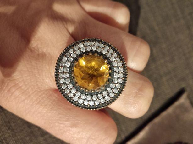 Srebrny pierścionek z Indii
