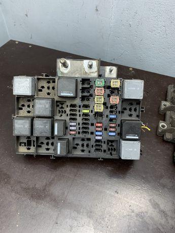 Transit MK8 skrzynka przekaźniki bezpueczniki