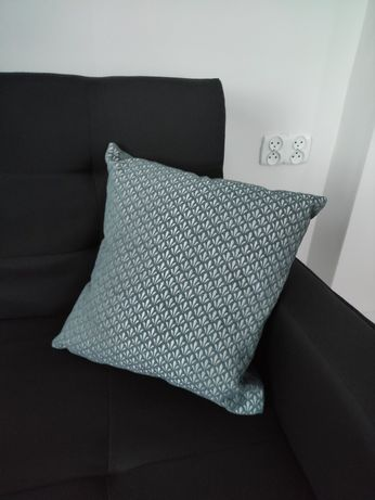 Nowa ozdobna seledynowa poduszka 40*40