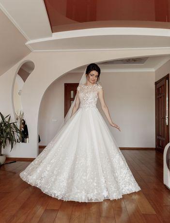 Весільна сукня / весілля