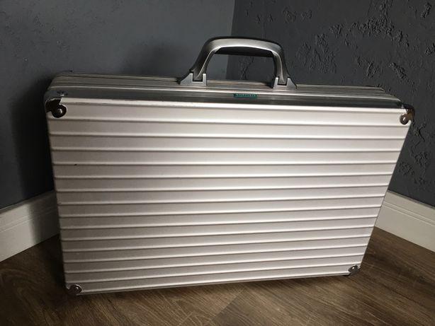 Rimowa walizka case aluminium na sprzęt