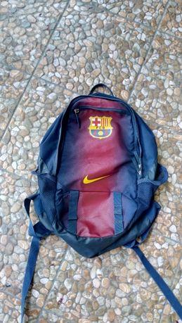 FC Barcelona Barca FCB Duma Katalonii plecak Messi piłkarz Nike Orygin