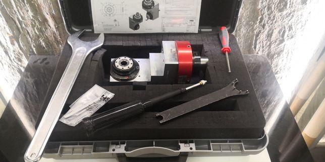 HSD Agregat kątowy CNC, uchwyt F63 obrót 180 st.