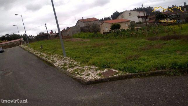 Terreno, 318 m², Figueiró dos Vinhos e Bairradas