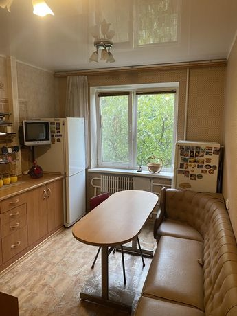 Продам 3-х комнатную квартиру на ж\м  Сокол 1