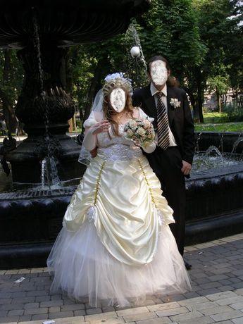Свадебное, бальное, театральное платье большого размера
