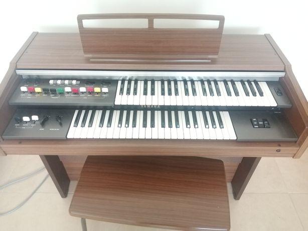 Órgão 2 taclados Yamaha