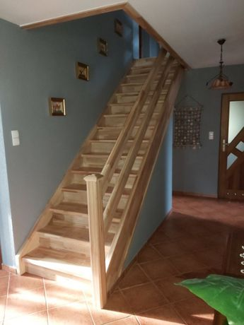 stopień stopnie trepy jesionowe  drewniane schody podstopnie jesionowe
