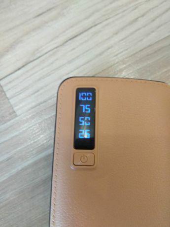 Павер банк экраном и 3 USB + ФОНАРИК АККУМУЛЯТОР BANK 50000 mAh