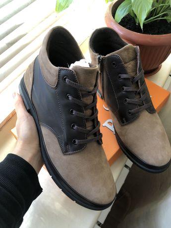 Стильные женские кожаные ботинки демисезон хайтопы кеды высокие