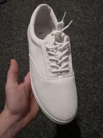 NOWE trampki New Look 44 białe kremowe