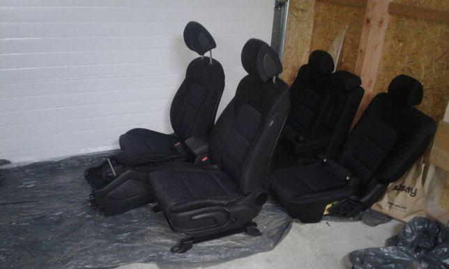 Sprzedam fotele stan idealny