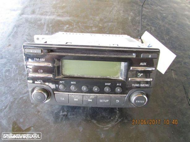 Auto-Rádio / Rádio Nissan Micra K13