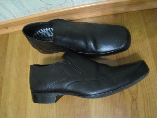 черные кожаные мужские туфли на р.43-44