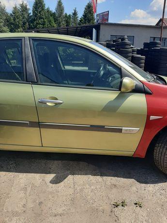 Drzwi Prawe Przód Przednie Renault Megane 2