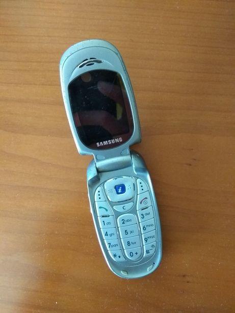 Telemóvel antigo Samsung