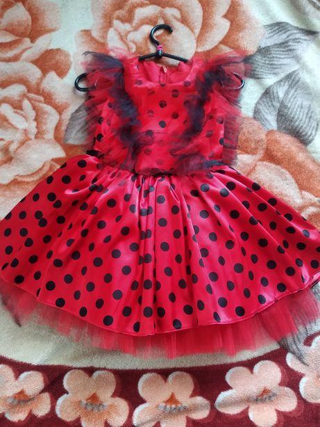 Плаття , платье 110-116р. Леді Баг, божа корівка